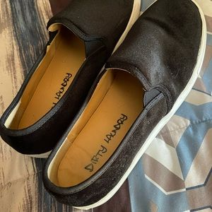 Dirty Laundry black shoes
